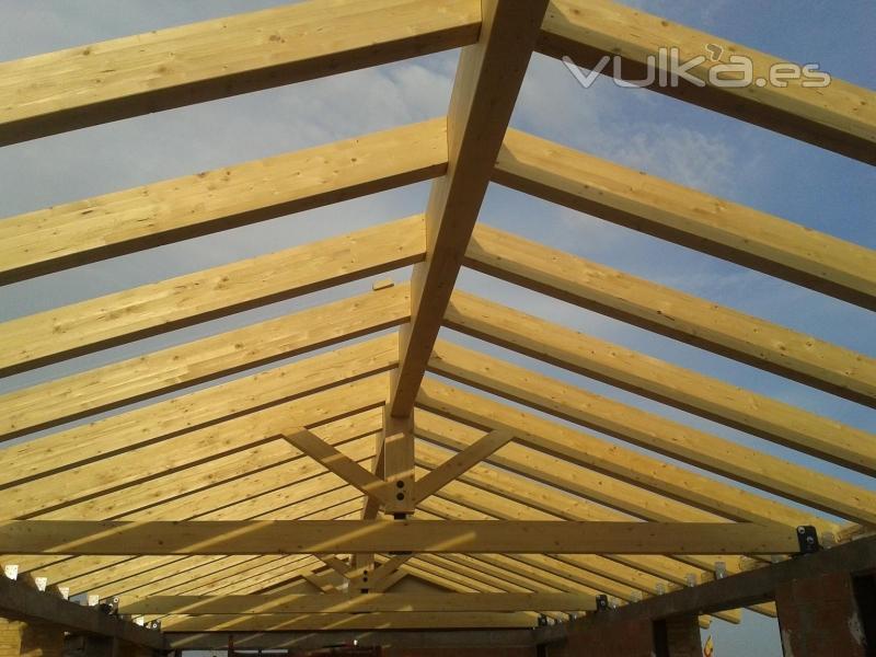 Cutecma estructuras de madera y tejados de madera - Cubiertas de madera para tejados ...