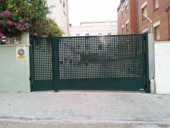 Puerta entrada garaje