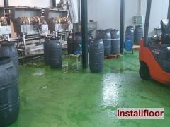 Pavimento de resina epoxi en clasificado de aceitunas