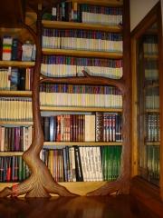Librería modernista