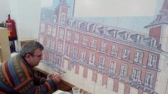 José Angulo pintando una parte de un mural de 3,60x2,40m. Los colores ganan viveza al cocerse a 980º