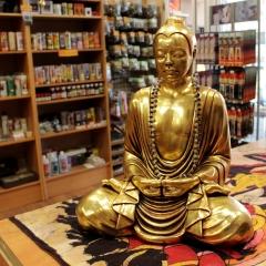 Todo para la MEDITACIÓN en Meiga Celta Bazar espiritual: budas, inciensos, nag champa, mirra, benjui