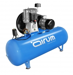 Compresores de piston de 10hp 500lts gama airum de nuair
