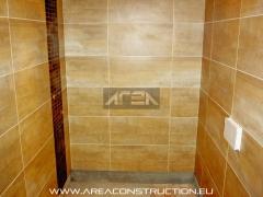 Colocaci�n gres porcel�nico corten beige de tau. reforma ba�o bacelona. area construction technology