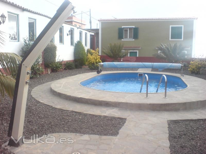 Foto piscina prefabricada aluminio bomba de calor y ducha for Piscinas de aluminio