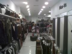 Interior de local comercial en calle la estación de miranda de ebro burgos