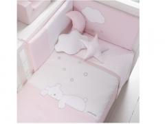 Colcha y protector para cuna dream rosa. oso durmiendo. petit praia.
