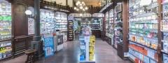 Interior de nuestra farmacia en barcelona
