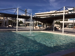 Plaza antonio banderas (puerto ban�s, marbella), tras las reformas realizadas por prinza