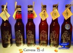 Botella grabadas para gays y lesbianas.