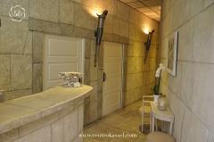 Centro kassel. foto del acceso al spa