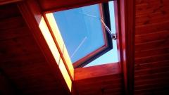 Claraboya en techo de madera