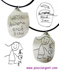 Joya con los dibujos de tus ni�os. 25 a�os de experiencia grabando dibujos sobre plata