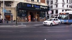 Gran Via Palacio de la prensa Mago Aisman, Magia para empresas