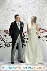 Figuras personalizadas para tarta de boda y comunión - threedee-you foto-escultura 3d-u