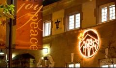 The slu - madrid campus celebrates the holiday season by decorating padre arrupe hall.
