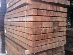Tutores de 10x10 de pino tratados en autoclave
