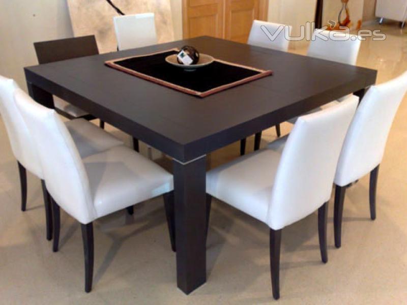 Foto mesa y sillas de estilo moderno publicado en la for Muebles estilo isabelino moderno