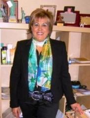 Nieves lópez, responsable de clickcosmetica.com y directora de oriflame