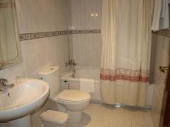 Baño habitación sencillo