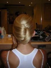 Vicky:alta peluquería,estética y maquillaje a domicilio. - foto 2