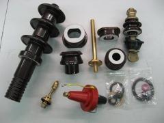 Transformadores de potencia: campanas a.t., bornas b.t., esparragos de laton y bornas enchufables a.t.