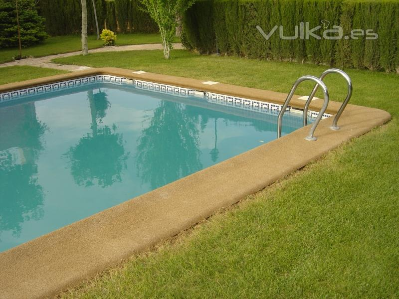 Feten trader barcelona pau claris for Coronacion de piscinas