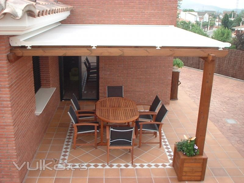 Foto toldos planos para p rgolas de madera o aluminio for Toldos madera para terrazas