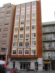Bs se encuentra en la 2ª planta de pl. ponent, 5 en el centro de tarragona