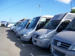 Microbuses de diferentes capacidades