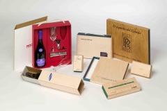 Ejemplos de los envases patentados de madera y cart�n packplek