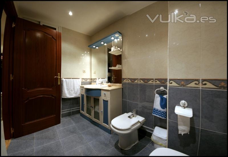 Baños Con Ducha Fotos:Foto: cuarto de baño con ducha hidromasaje
