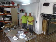 El taller de trabajo y parte de nuestro personal cualificado.