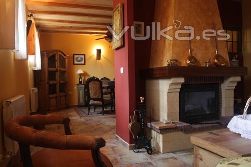 Foto salon con dos ambientes y con chimenea - Chimeneas y ambientes ...
