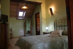 Habitación abuardillada con tv, minibar, secador de pelo(24,17 m2)