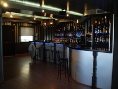 Reforma completa de discoteca amadeus (barra planta media)