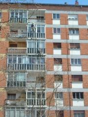 Trabajos de reparación en fachada