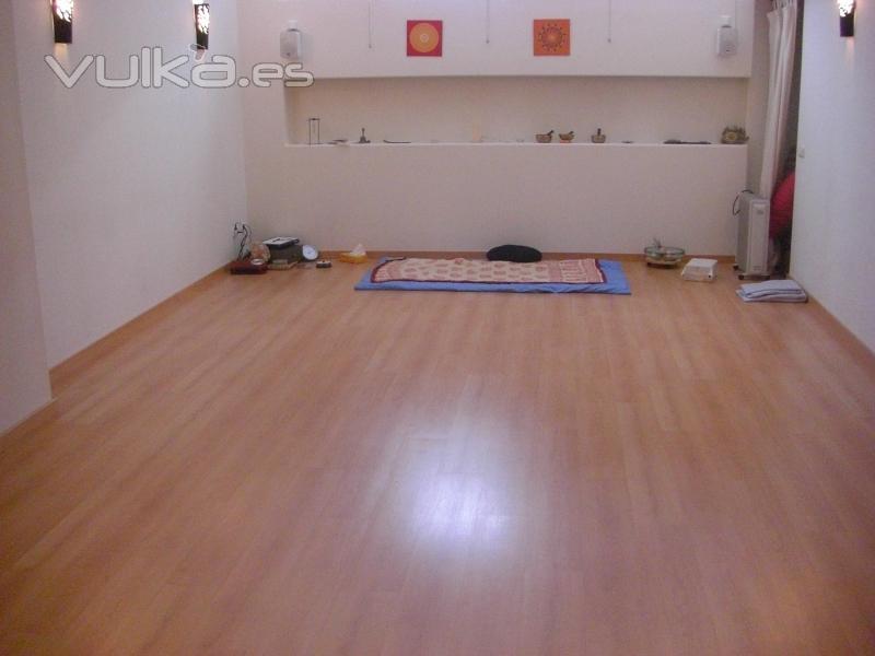 Centro atma yoga pilates taichi zumba d oriental - Decoracion reiki ...