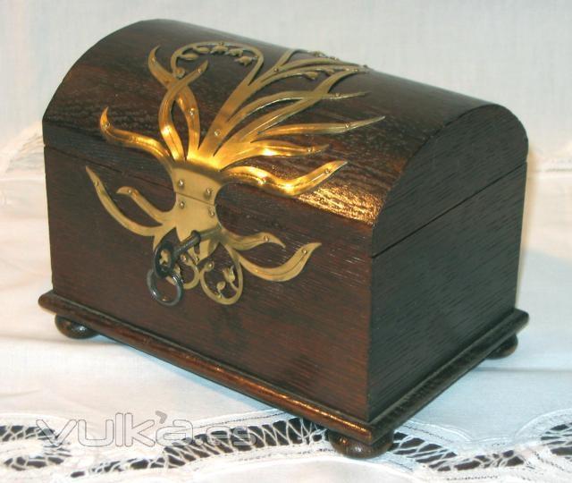 Foto caja art nouveau con decoraci n de muguets for Decoracion art nouveau