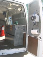 Furgoneta taller para camioens