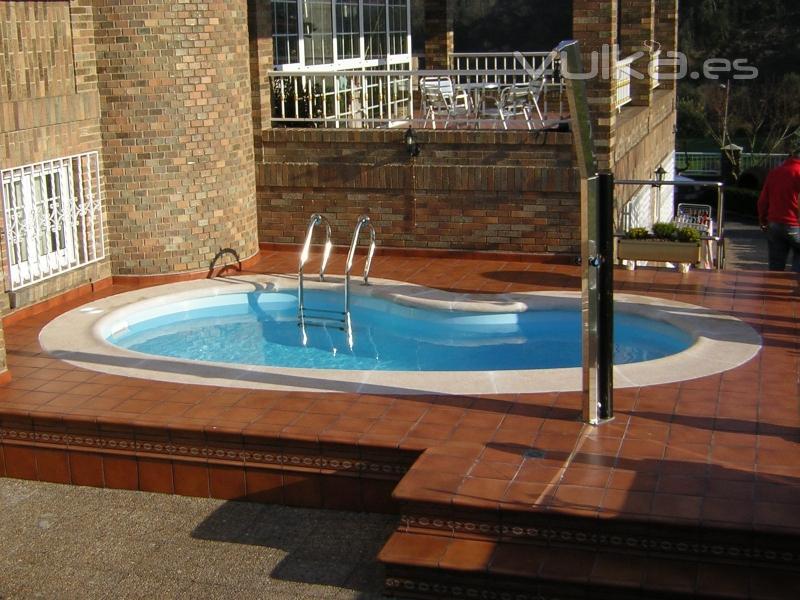 Foto piscival construcci n de piscina prefabricada y for Piscinas desmontables para terrazas