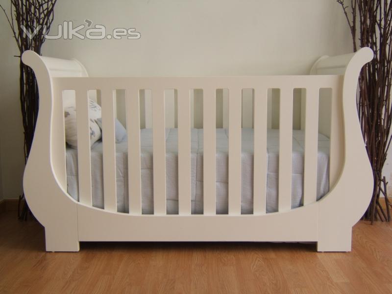 Ropa de cuna bebé. Ropa cama para niños. Textiles