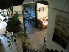 Escalera hotel casona torre de quijas
