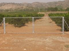 Puerta dos hojas galvanizada