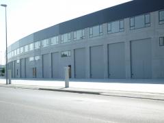 Puertas seccionales industriales con y sin muelles