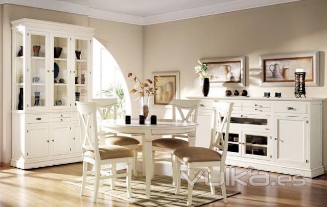 Foto vitrina y aparador blanco envejecido brocheado - Vitrinas y aparadores de comedor ...