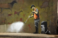 limpiando grafittis