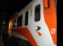 Tras el proceso de limpieza el tren recobra su aspecto original, sin verse afectada la carrocería, la ...