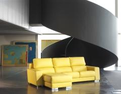 Modelo zumn tapizado piel flor amarilla