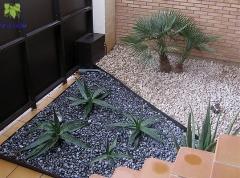 Tierra savbia.decoracion entrada jardin